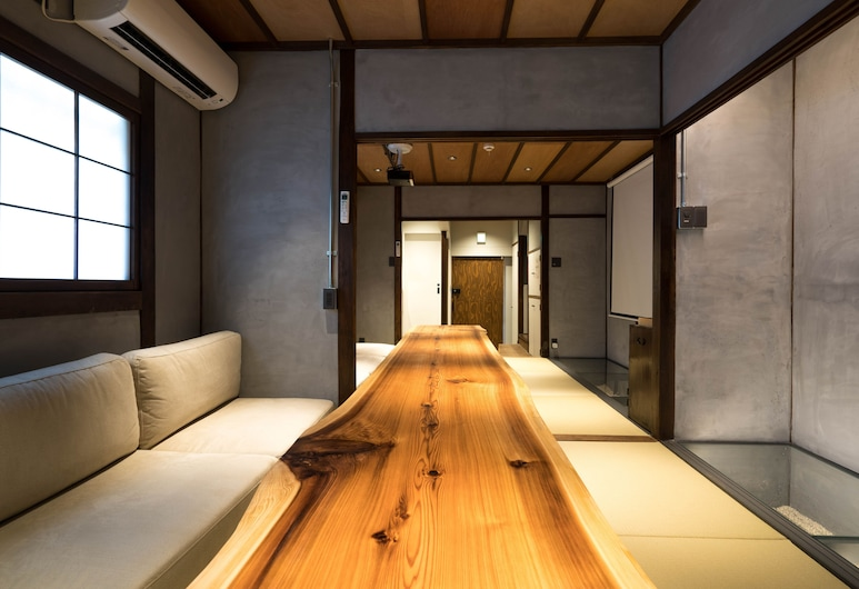 Konjakuso Bentencho Osaka Bay, Osaka, Prabangaus stiliaus namas (Private Vacation Home), Vakarienės kambaryje