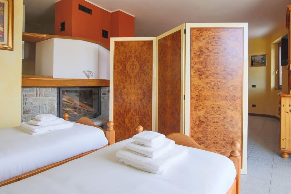 Villa, 1 Yatak Odası, Teras, Tepe Manzaralı - Oturma Alanı