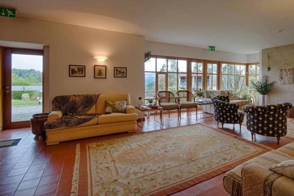 Biệt thự, 5 phòng ngủ, Hút thuốc, Hồ bơi riêng - Phòng khách
