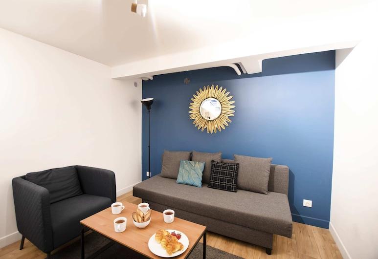 Guestready - Bright and Comfy Home, Very Close to Eiffel Tower!, Paříž, Obývací pokoj