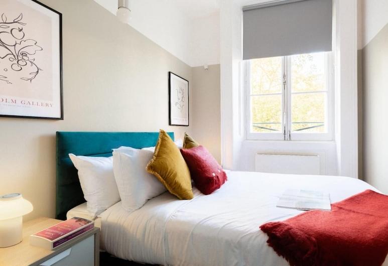 The Heart of Paddington - Bright & Central 2bdr Flat With Parking, Londýn, Apartmán, Izba