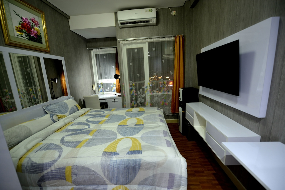 Full Furnished Room at Caman next to hotel