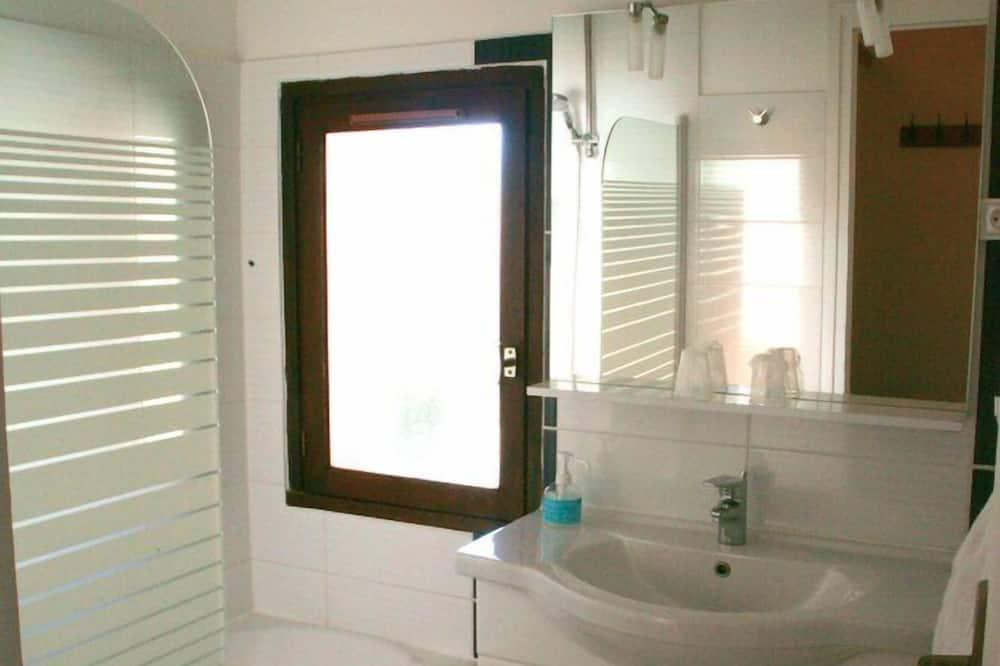 Double or Twin Room, Balcony - Bathroom