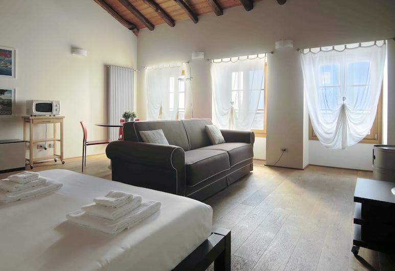 Italianway - Torno in Riva, Torno, Apartment, 1 Bedroom (Menaggio - De Benzi 17), Living Area