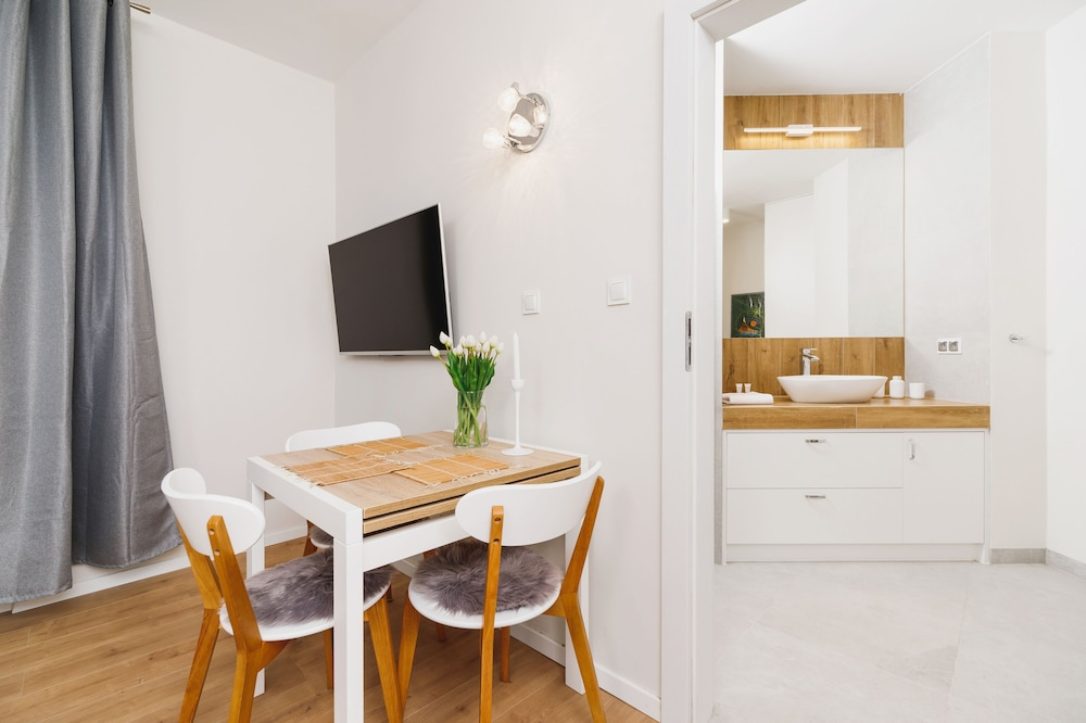 Apartment Plac na Groblach by Renters
