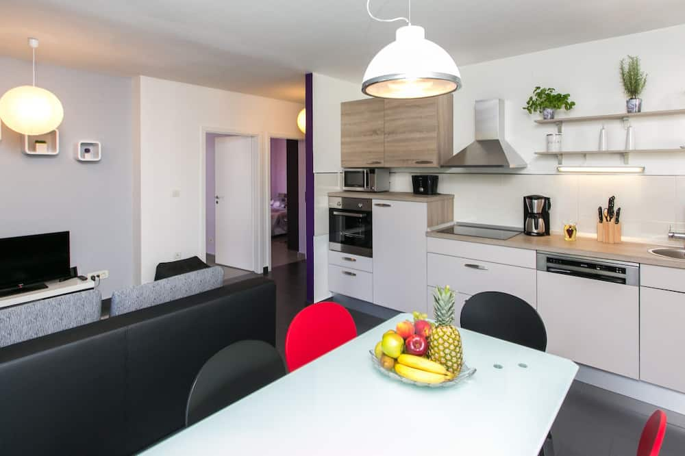 Apartment (Two-Bedroom Apartment) - In-Room Dining