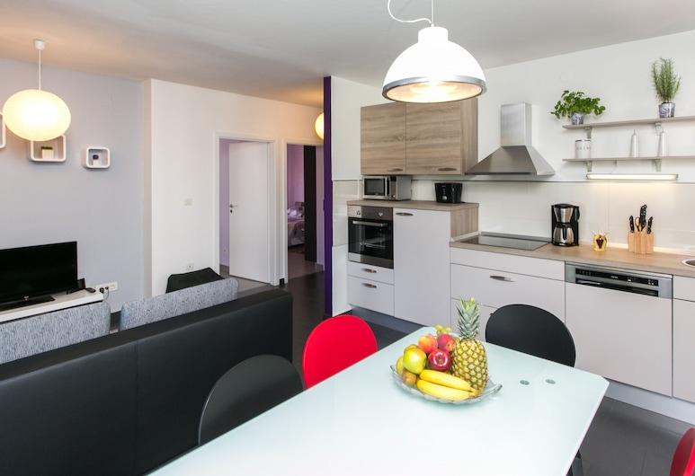Lapad Bay Apartman, Dubrovnik, Apartment (Two-Bedroom Apartment), In-Room Dining