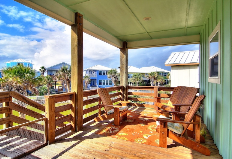 Salty Pelican 3 Bedroom Home, Port Aransas, House, 3 Bedrooms, Balcony