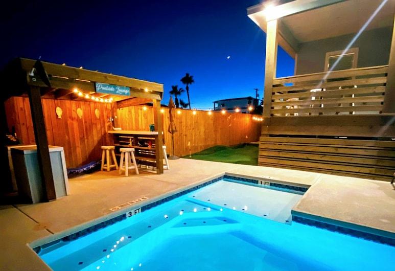 Whatabeach House 4 Bedroom Home, Port Aransas, House, 4 Bedrooms, Pool