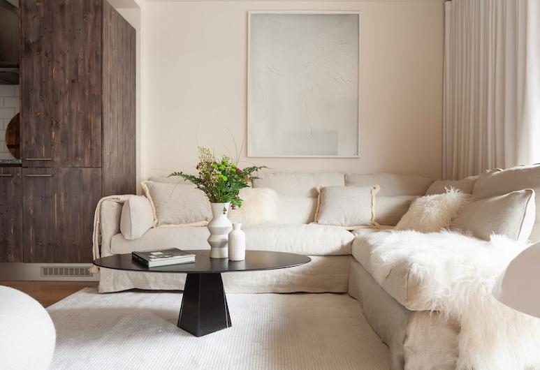 Grand Duplex With Sauna and View, Chamonix-Mont-Blanc, Design Apartment, Ensuite, Mountain View, Lounge