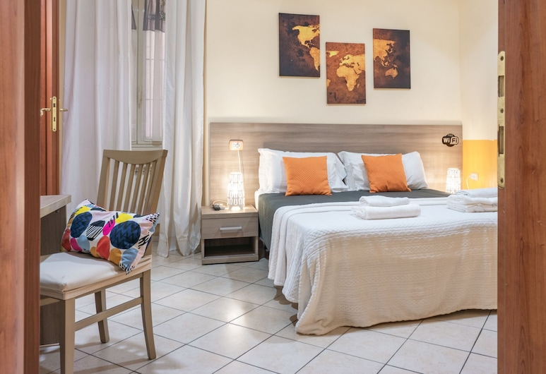 Domenichino guest house, Řím, Třílůžkový pokoj typu Basic, Pokoj