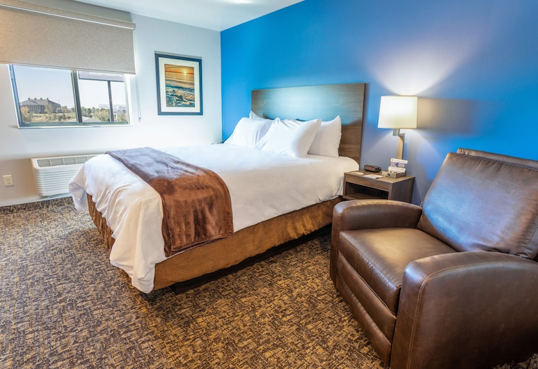 My Place Hotel Phoenix West Buckeye AZ, Buckeye, Room, 1 Queen Bed, Accessible (Mobility & Hearing, Roll-in Shower), Guest Room