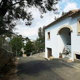Comfortable Villa At The Back Of Palma Centre