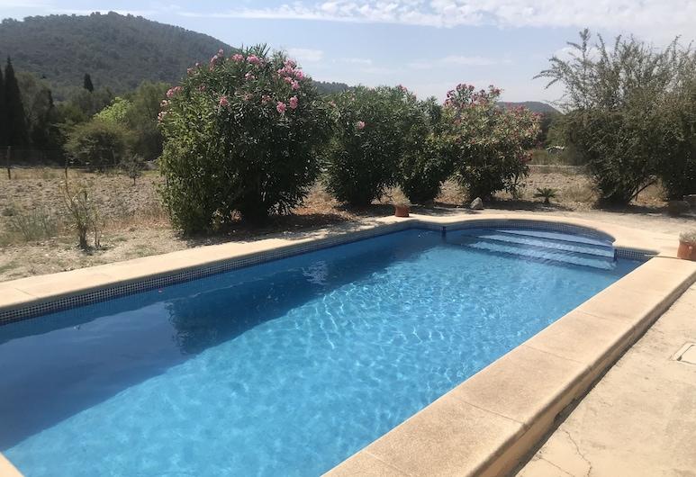 Villa Sa Torre With Pool in Mallorca, Campanet, Bazen
