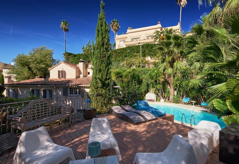 Villa Surrounded By Greenery - Villa Les Pins, Cannes, Varios