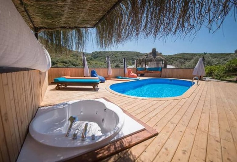 Sunrise Villa With Jacuzzi And Private Pool, Kas