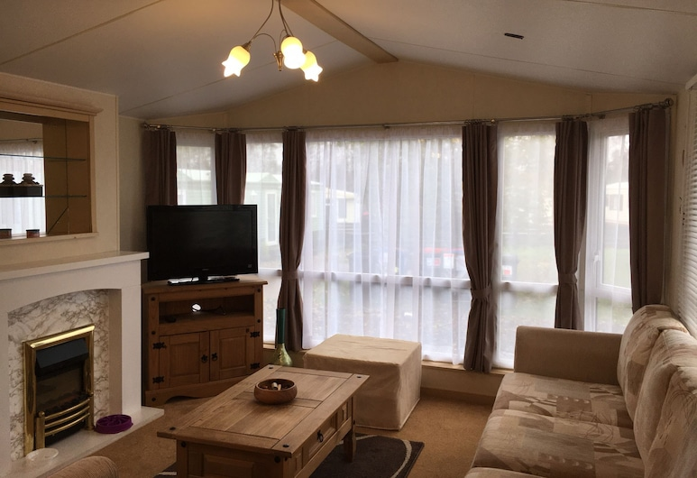 Homely 23 Bed Static Caravan, Quiet Peaceful Site, Forfar