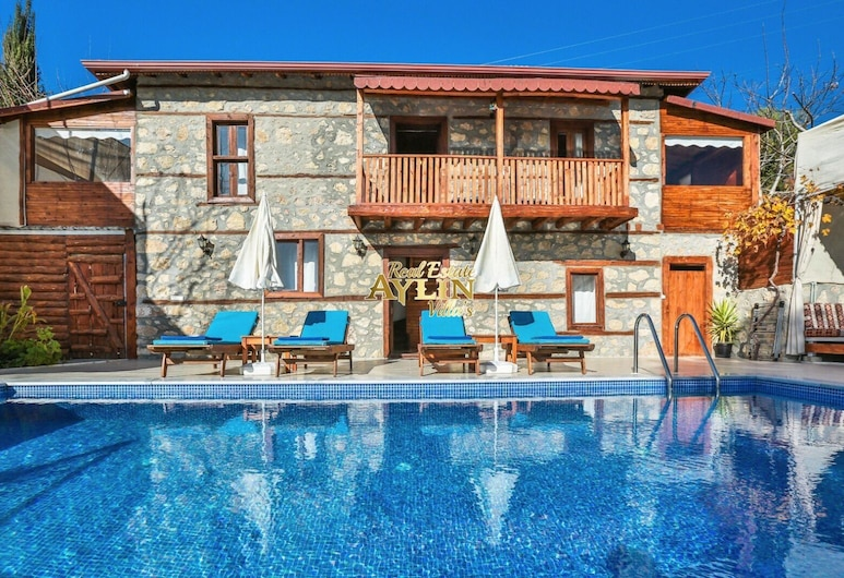 Wood Villa With Pool And Jacuzzi In Nature, Kas, Varios