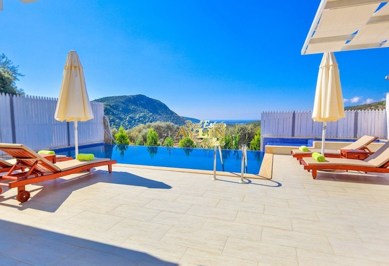Rainball Villa With Private Pool And Jacuzzi, Kas, Piscina