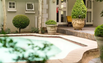 Picture of Lovely Guesthouse in Pretoria Welcoming you on a Spacious Room With Breakfast in Pretoria