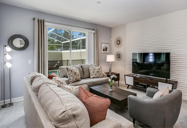 Stylish New Home 4br, Private Pool, Bbq, Golf Country Club, 10min Disney, Kissimmee