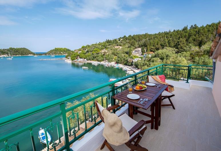 Lakka Seaview Apartments by Konnect, Paxos, พาโนรามิกลอฟท์, 1 ห้องนอน, วิวทะเล, ระเบียง