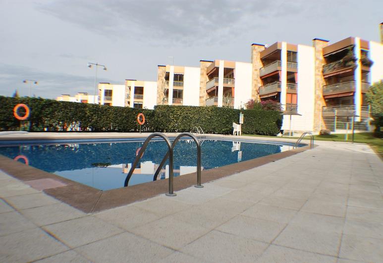 Agi Can Parramon , Roses, Pool