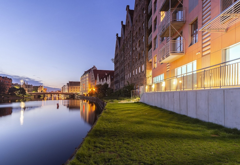 Waterlane Island Old Town by Renters, Gdansk, Front of property