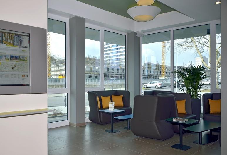 B&B Hotel Duisburg, Duisburg, Posezení ve vstupní hale