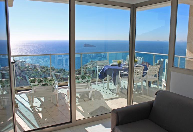 Benidorm High rise apartments, Benidorm, Appartement Premium, terrasse, vue baie, Salle de séjour