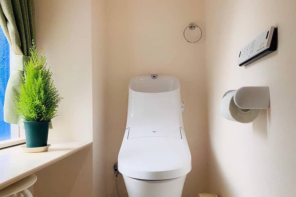 Apartment 201, Non smoking - Bathroom