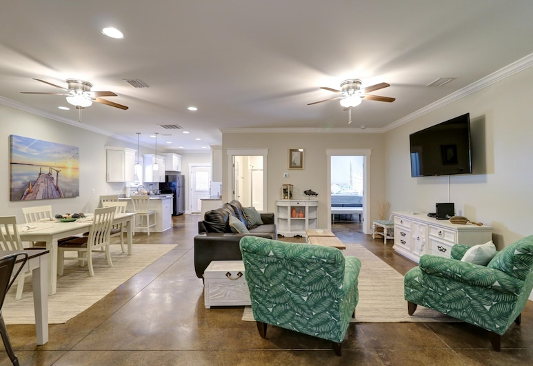Stella by the Sea by Blueswell, Panama City Beach, House, 4 Bedrooms, Living Room