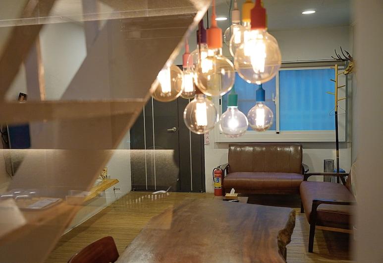 Pusu inn, Tainan, Senior Quadruple Room, Guest Room
