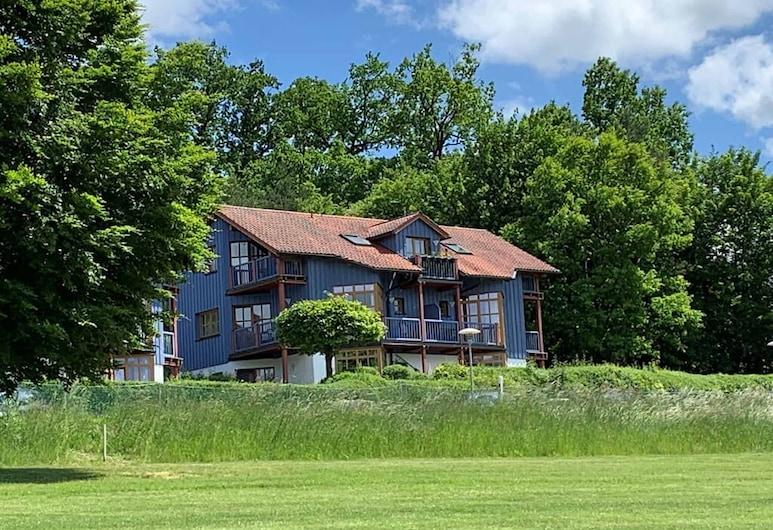 Ferienappartement mit Panoramablick, روتز