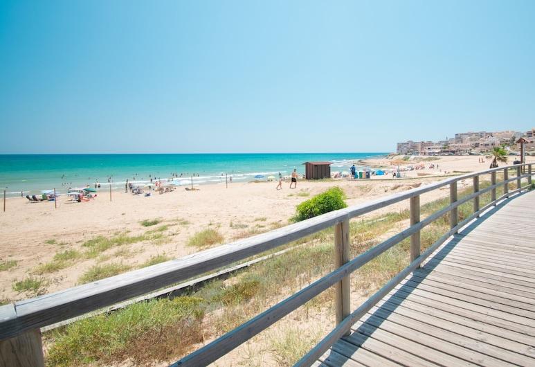 071 Molino Blanco Beach, Торрев'єха, Пляж