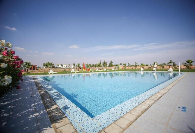Very Nice Apartment With Pool and Garden, Marrakech, 泳池