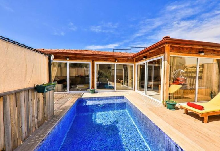 Golden Villa With Private Pool And Jacuzzi, Kas, Uima-allas