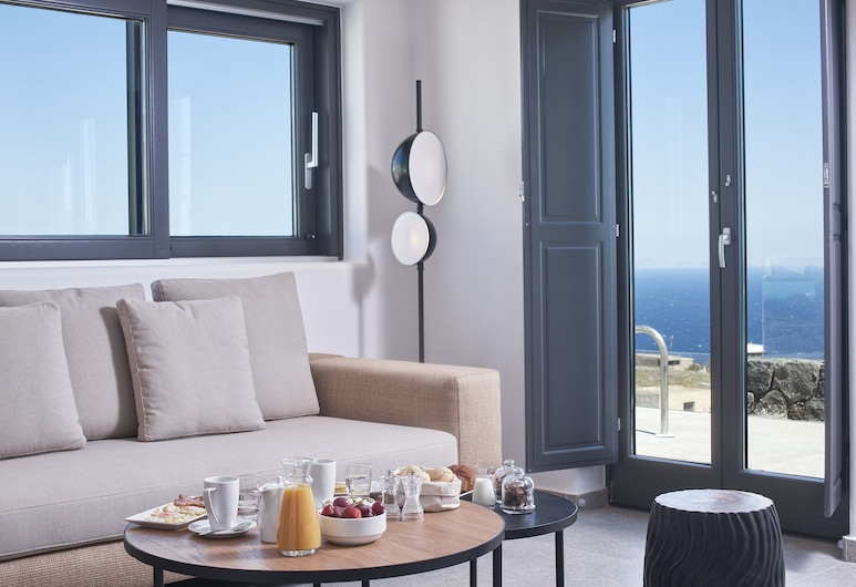 SantAnna Luxury Suites, ซานโตรินี, ห้องฮันนีมูนสวีท, สระว่ายน้ำส่วนตัว, ห้องนั่งเล่น
