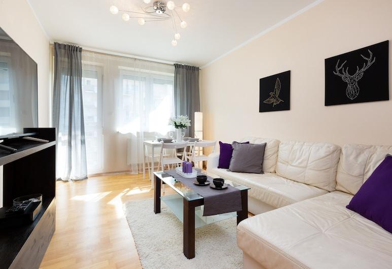 Apartment Che?monskiego by Renters, Varsovia, Sala de estar