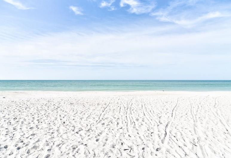 Anna Maria Island Getaway, Holmes Beach, Beach