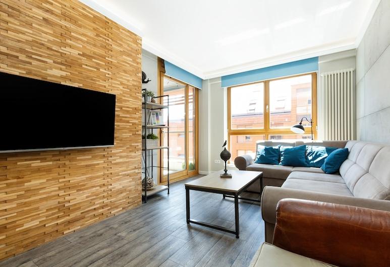 Apartments Aura Gdansk by Renters, Gdansk, Departamento, 2 habitaciones, balcón, vista al río, Sala de estar