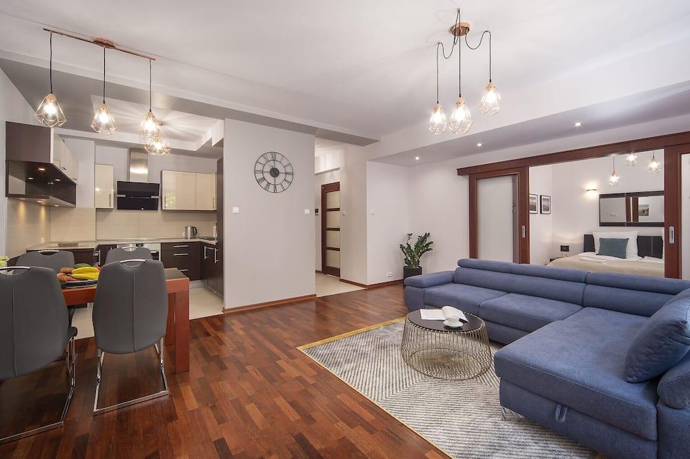 Apartment, 1 Bedroom, Balcony, Beachside - Living Room
