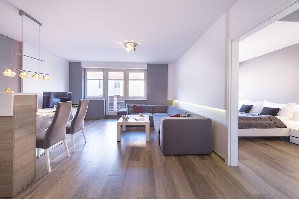 Dzīvokļnumurs, viena guļamistaba, balkons, pludmales puse - Dzīvojamā istaba