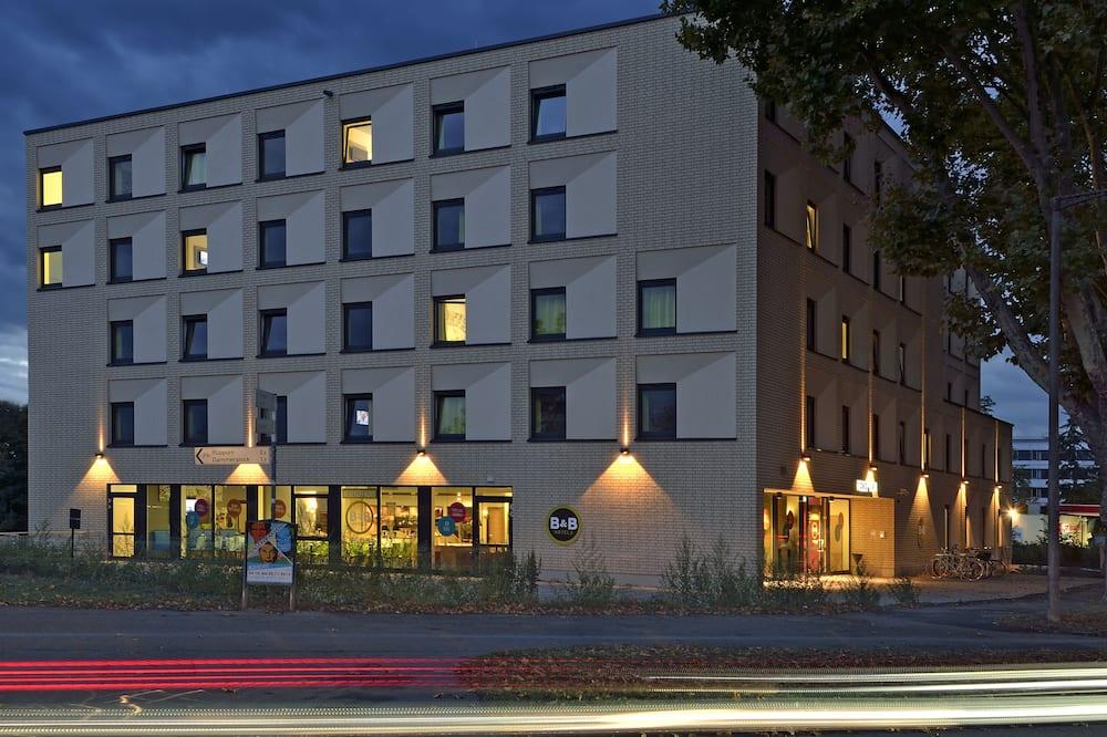 B&B Hotel Karlsruhe, Karlsruhe