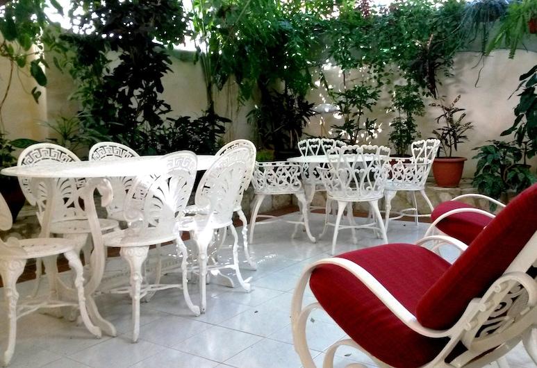Casa Yaneva Camaguey, Camagüey, Innenhof