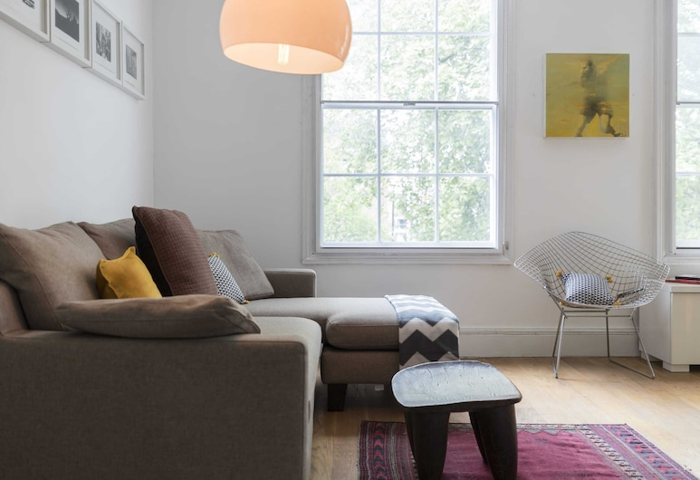 Smart 3 bed Flat in Islington, Close to Angel Tube, Londres