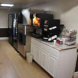 Coratel Inn & Suites Waite Park - Comfort 2 Queen Bed Non-Smoking