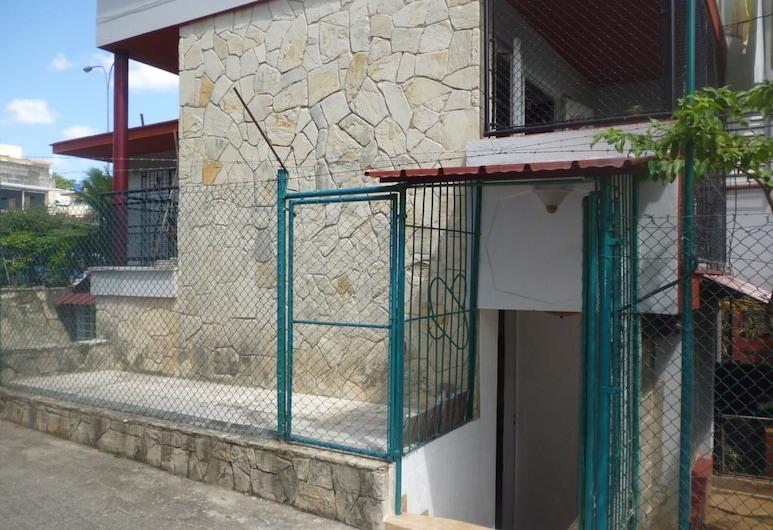 Casa Vera Plaza de la Revolucion, L'Avana, Ingresso hotel