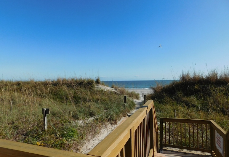 Sea Winds #608 2 Bedroom Condo, North Myrtle Beach