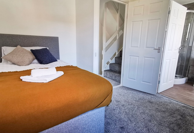 6 room Contractor House by Your Lettings, Peterborough, Ferienhaus, Zimmer